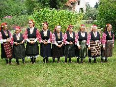 Bistritsa Babi - Archaic Polyphony, Dances and Ritual Practices from the Shoplouk Region